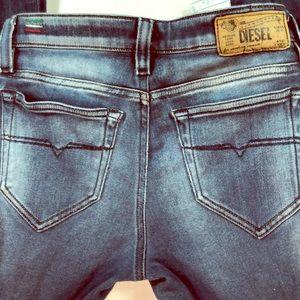 DIESEL Skinzee Women's Jeans sz W 26 L32 Italy